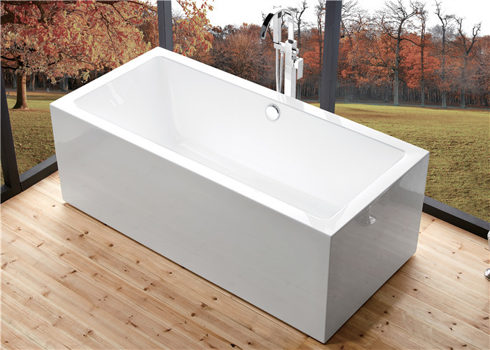 Indoor Comfortable Freestanding Soaking Bathtubs Rectangle High Water Capacity